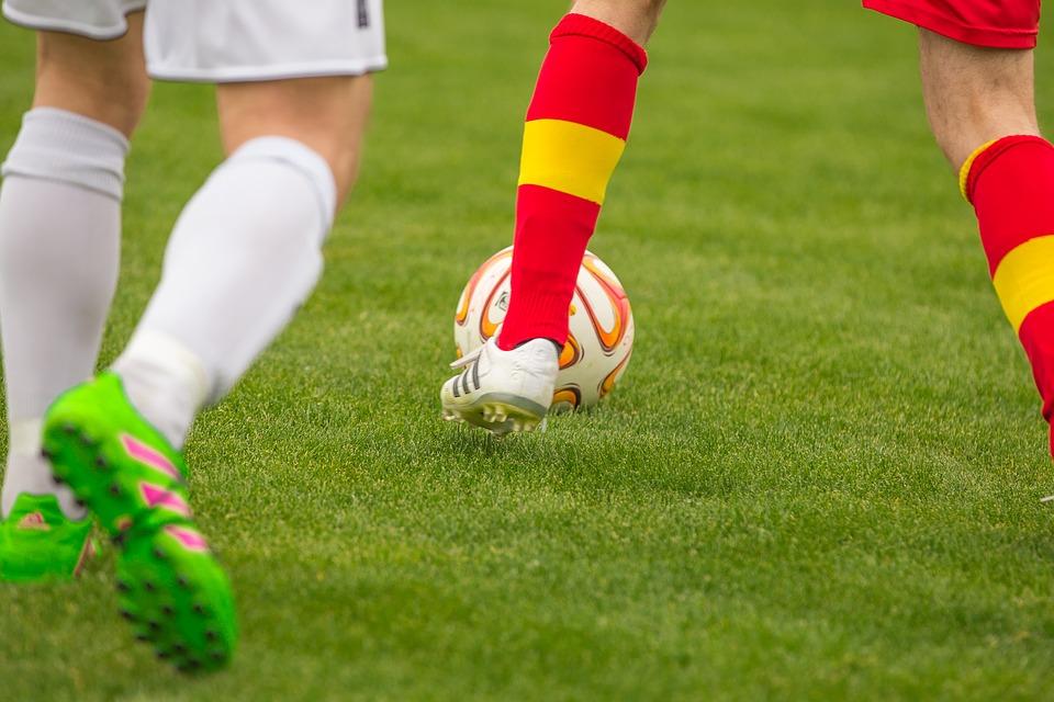 Quelles compétences permettent d'acquérir les sports collectifs ?
